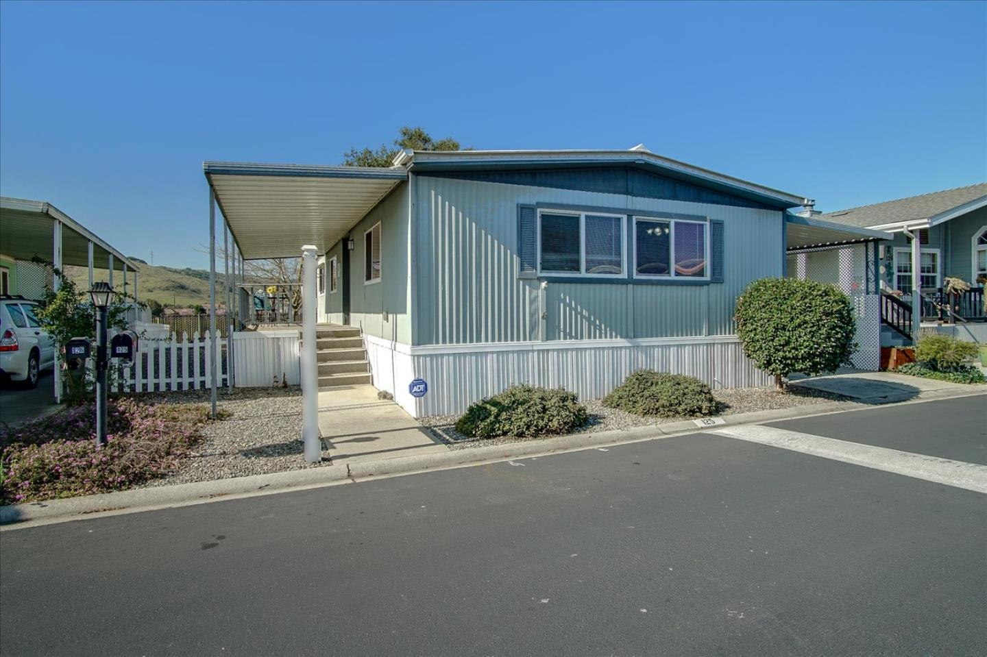 Detail Gallery Image 1 of 1 For 275 Burnett Ave #125,  Morgan Hill,  CA 95037 - 2 Beds | 2 Baths