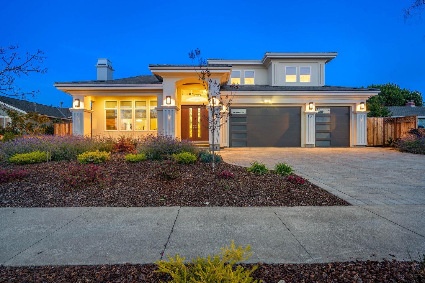 Detail Gallery Image 1 of 1 For 126 Virginia Ave, Campbell,  CA 95008 - 6 Beds   4/1 Baths
