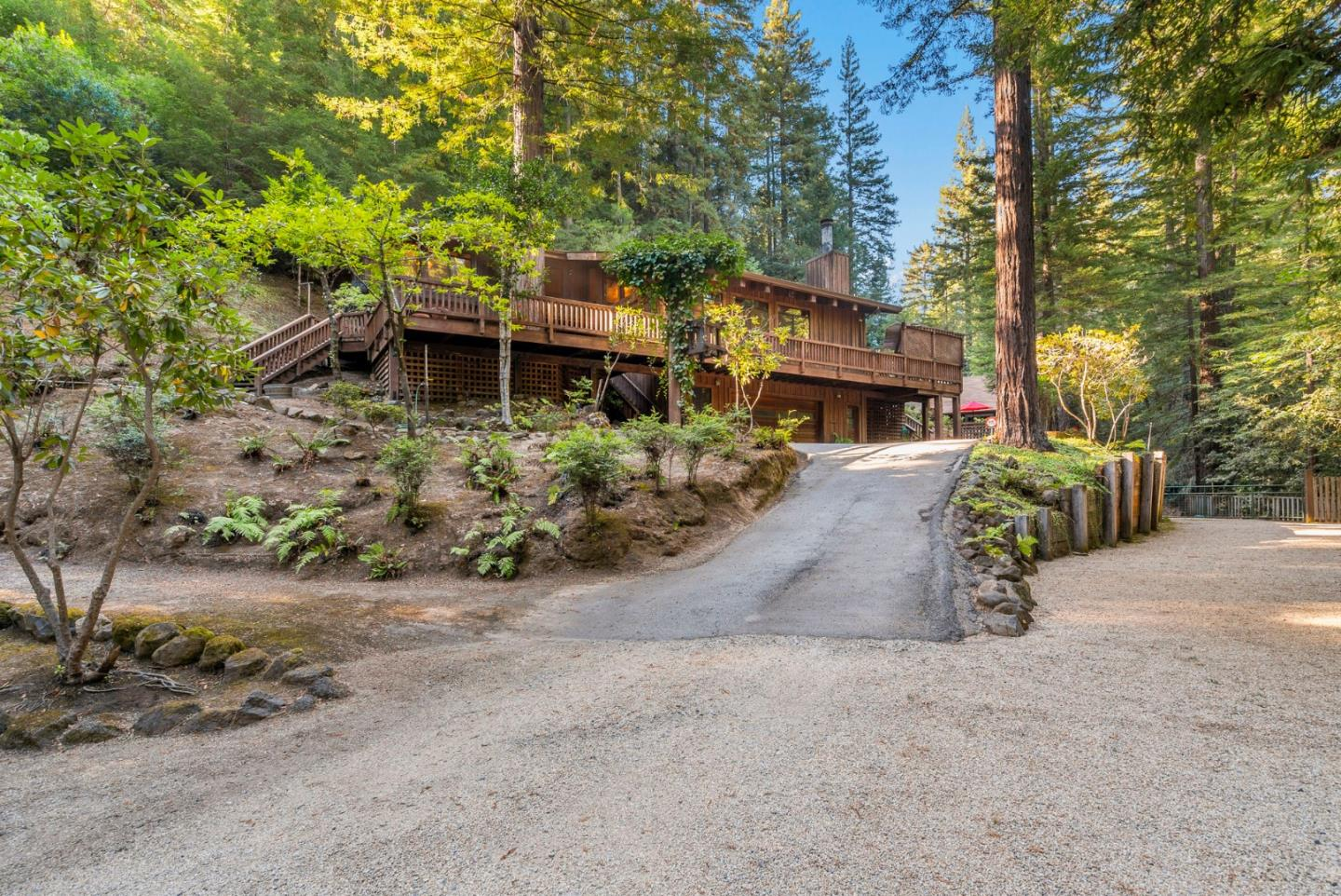 Detail Gallery Image 1 of 72 For 12101 Love Creek Rd, Ben Lomond,  CA 95005 - 3 Beds | 3/2 Baths