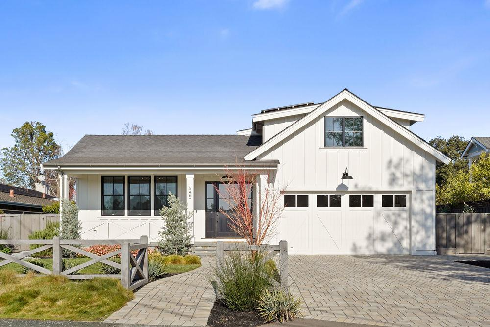 Detail Gallery Image 1 of 1 For 685 Greenview Pl, Los Altos,  CA 94024 - 5 Beds | 5/1 Baths