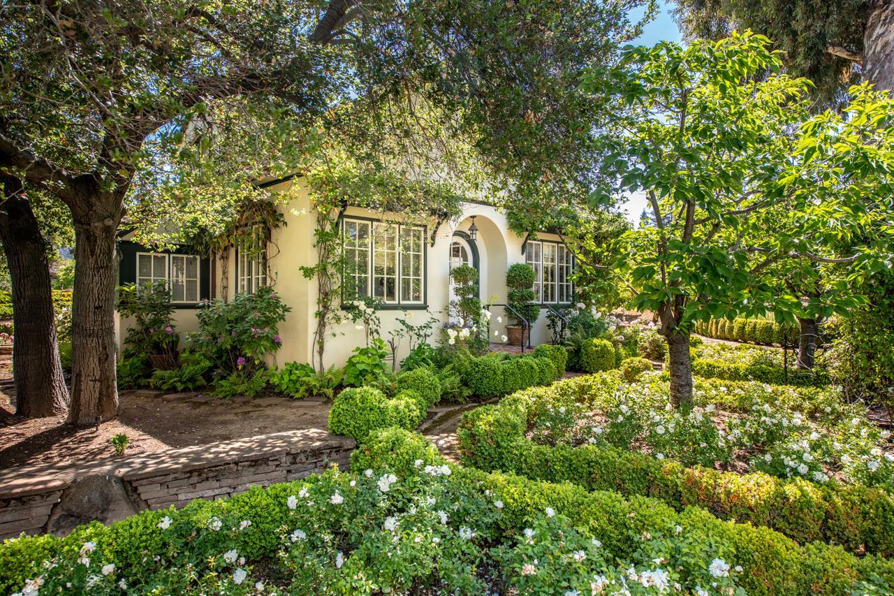 18888 HAYFIELD CT, SARATOGA, California 95070, 5 Bedrooms Bedrooms, ,6 BathroomsBathrooms,Residential,For Sale,18888 HAYFIELD CT,ML81833267