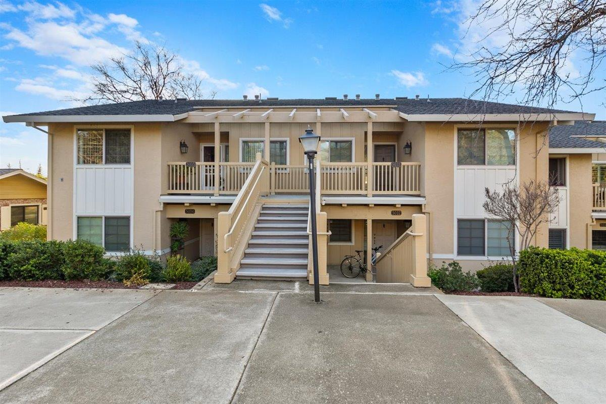 Detail Gallery Image 1 of 1 For 5035 Cribari Vale, San Jose,  CA 95135 - 2 Beds | 2 Baths