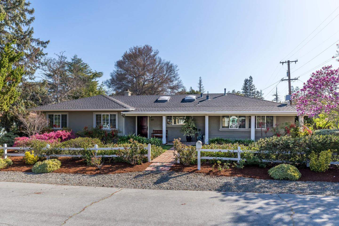 Detail Gallery Image 1 of 1 For 611 Tomi Lea St, Los Altos,  CA 94022 - 3 Beds | 2/1 Baths