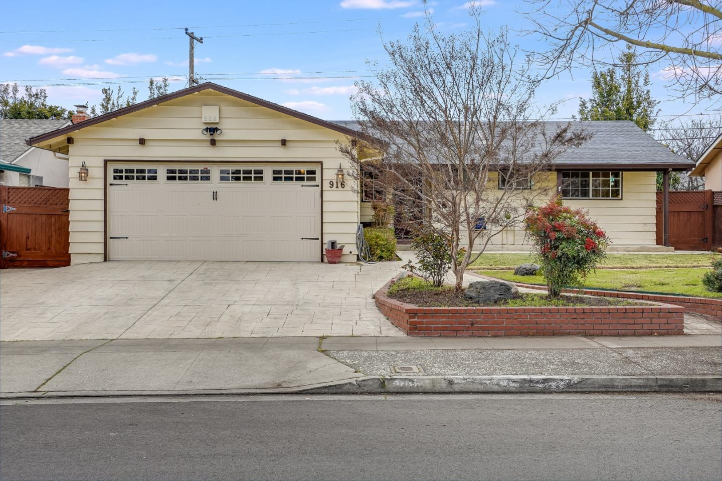 Detail Gallery Image 1 of 1 For 916 Mango Ave, Sunnyvale,  CA 94087 - 3 Beds | 2 Baths