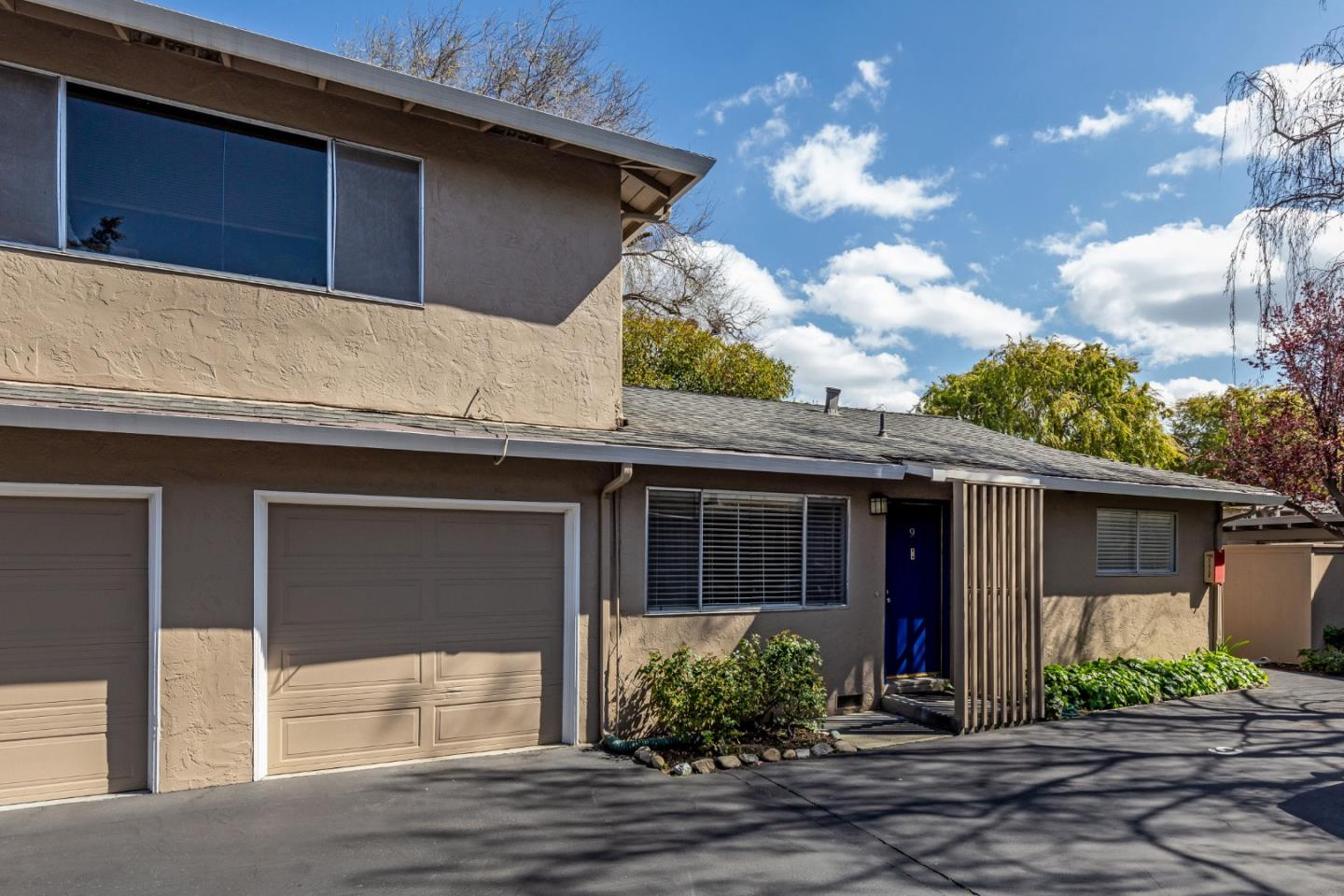 Detail Gallery Image 1 of 1 For 1921 Rock St #9,  Mountain View,  CA 94043 - 2 Beds | 1 Baths