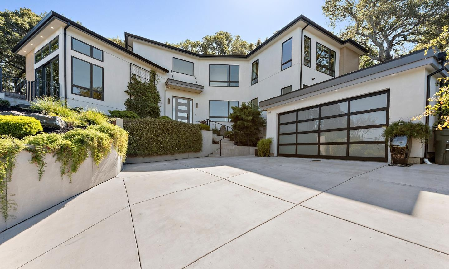 Detail Gallery Image 1 of 1 For 620 Glenloch Way, Redwood City,  CA 94062 - 4 Beds   3/1 Baths