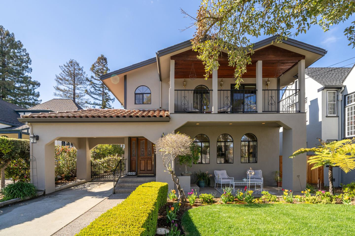 Detail Gallery Image 1 of 1 For 2404 Easton Dr, Burlingame,  CA 94010 - 5 Beds   3 Baths