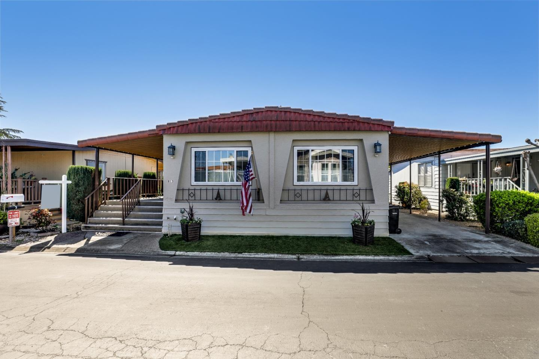Detail Gallery Image 1 of 50 For 813 Villa Teresa Way #813,  San Jose,  CA 95123 - 2 Beds | 2 Baths