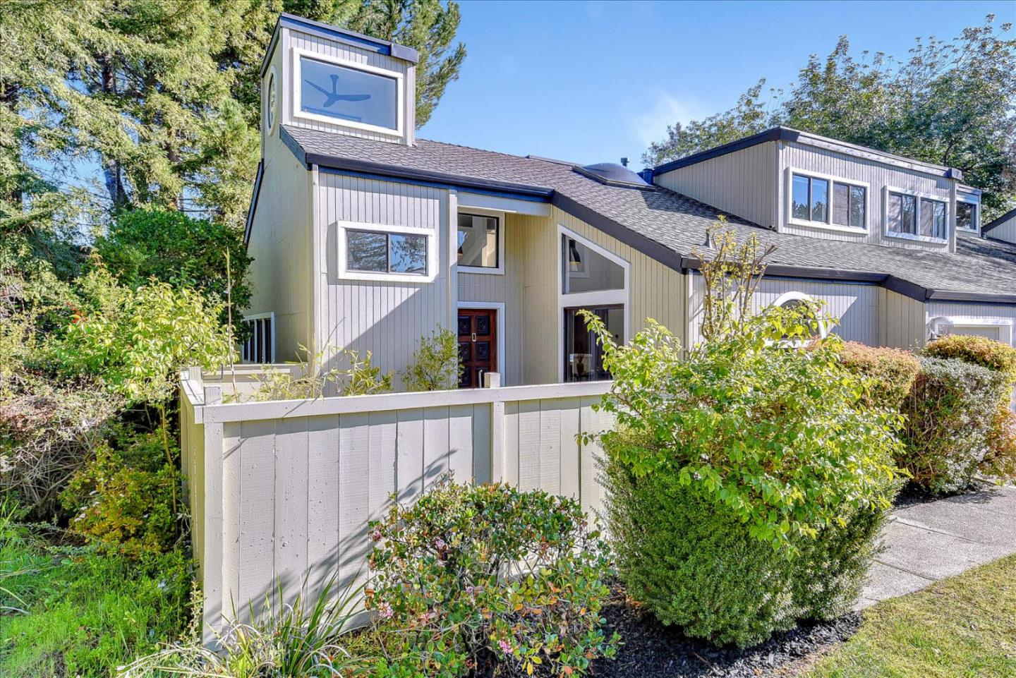 Detail Gallery Image 1 of 1 For 894 Rosette Ter, Sunnyvale,  CA 94086 - 3 Beds | 2/1 Baths
