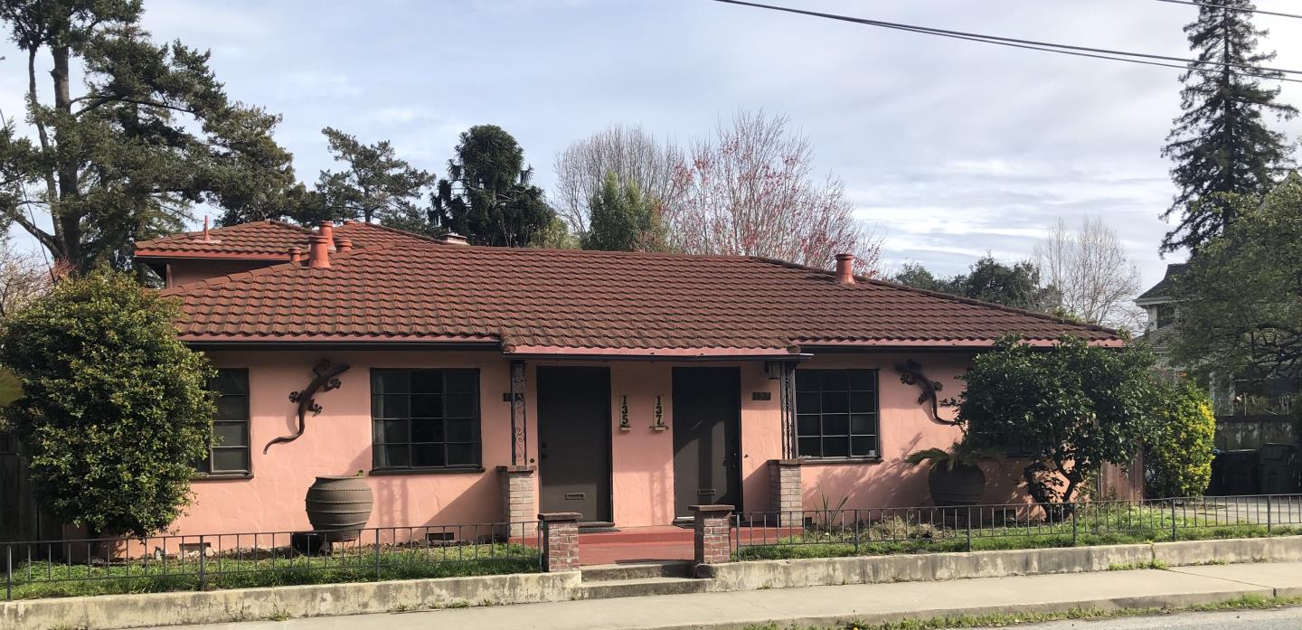 Detail Gallery Image 1 of 66 For 135 -139 Rincon St, Santa Cruz,  CA 95060 - – Beds | – Baths