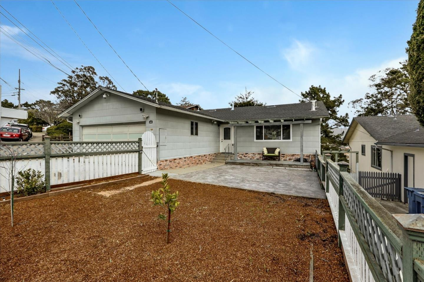 Detail Gallery Image 1 of 1 For 654 Larchmont Dr, Daly City,  CA 94015 - 4 Beds   3 Baths