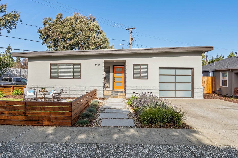 Detail Gallery Image 1 of 1 For 1939 El Dorado Ave, San Jose,  CA 95126 - 3 Beds | 2 Baths