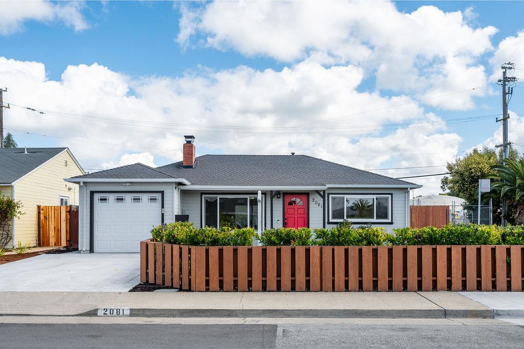 Detail Gallery Image 1 of 1 For 2081 Shoreview Ave, San Mateo,  CA 94401 - 2 Beds   1 Baths