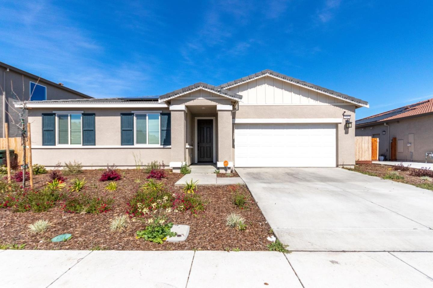 Detail Gallery Image 1 of 1 For 2663 Pink Muhly Dr, Manteca,  CA 95337 - 4 Beds | 2/1 Baths
