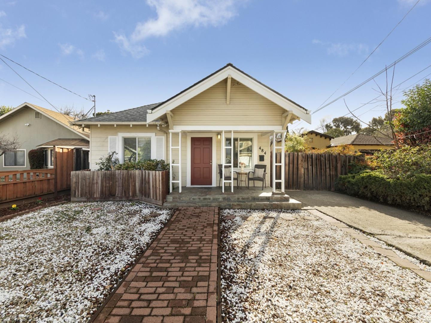 Detail Gallery Image 1 of 1 For 484 Mayellen Ave, San Jose,  CA 95126 - 3 Beds | 2 Baths