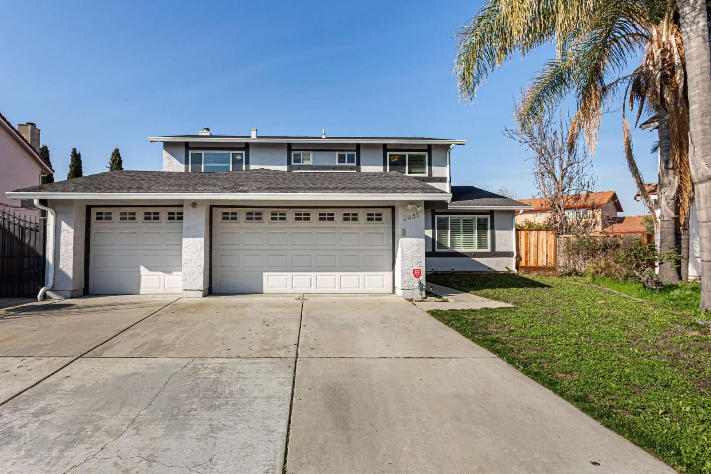 Detail Gallery Image 1 of 1 For 2451 Glen Fox Ct, San Jose,  CA 95148 - 5 Beds   3 Baths
