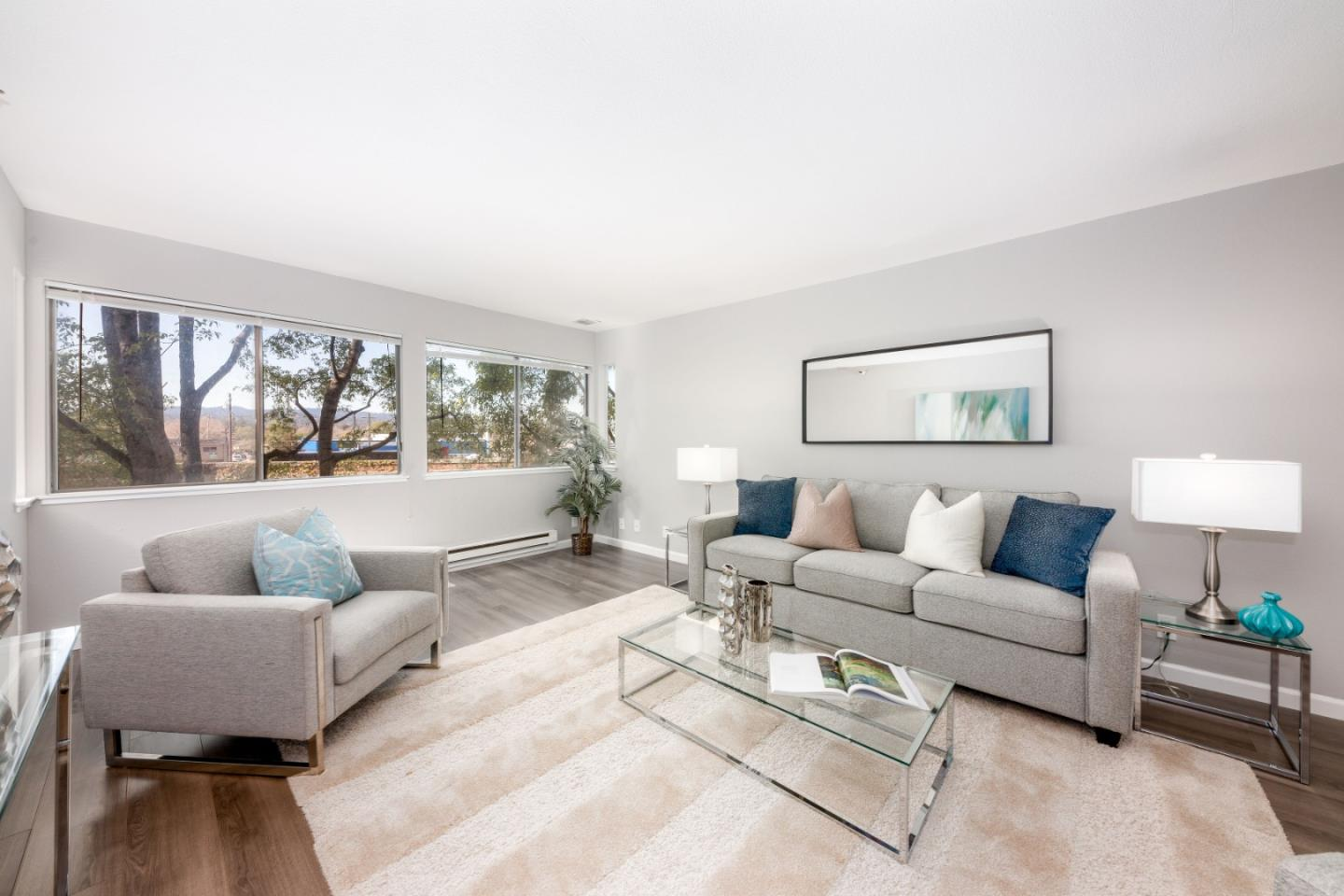 Detail Gallery Image 1 of 19 For 240 N Bayshore Blvd #211,  San Mateo,  CA 94401 - 2 Beds | 2 Baths