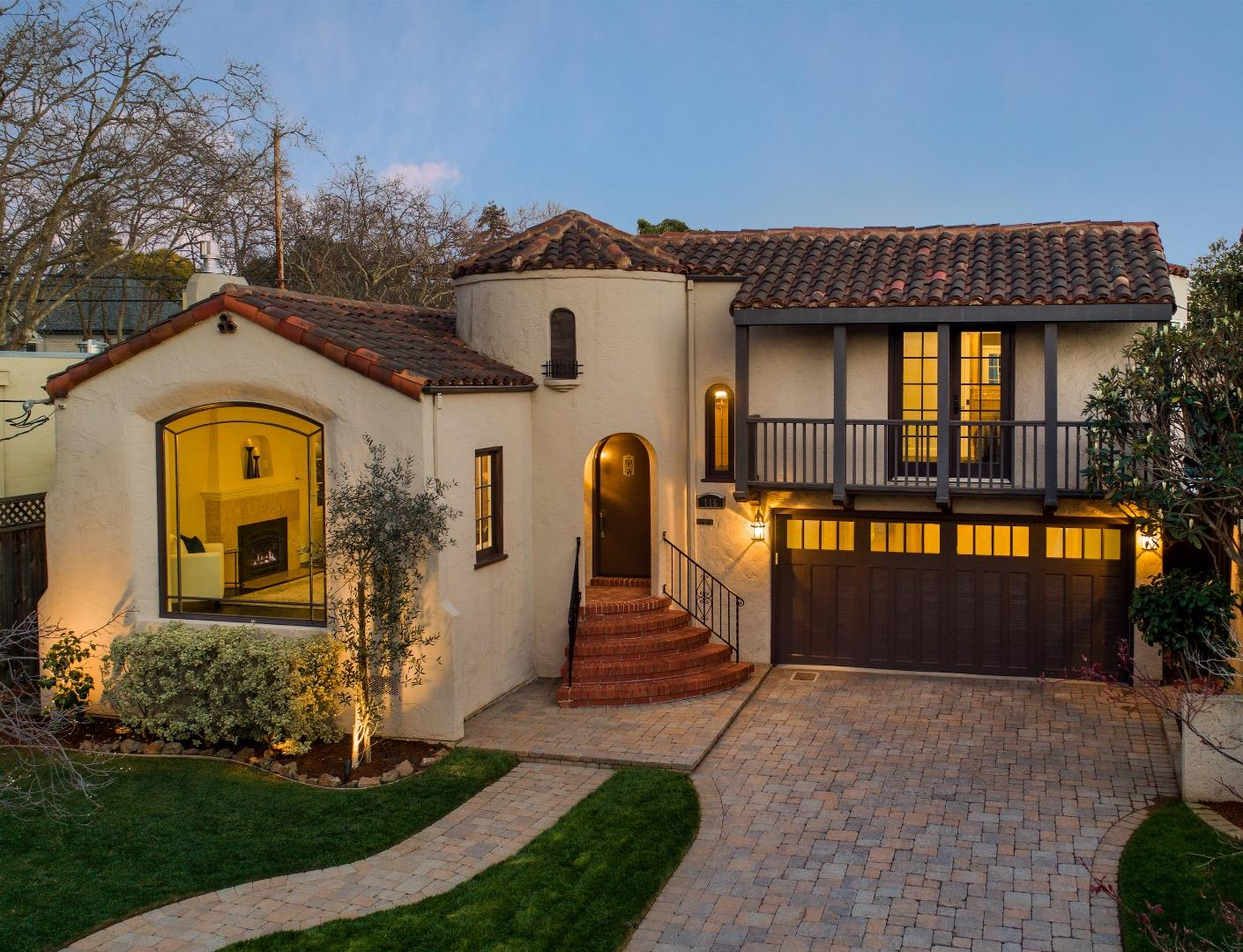 Detail Gallery Image 1 of 1 For 116 Grand Blvd, San Mateo,  CA 94401 - 4 Beds | 2/1 Baths