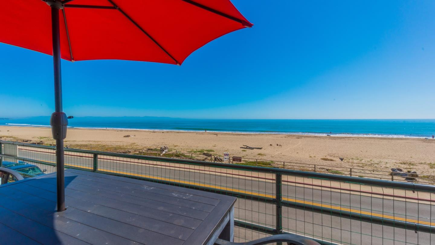 Detail Gallery Image 1 of 57 For 339 Beach Dr, Aptos,  CA 95003 - 4 Beds | 2/1 Baths