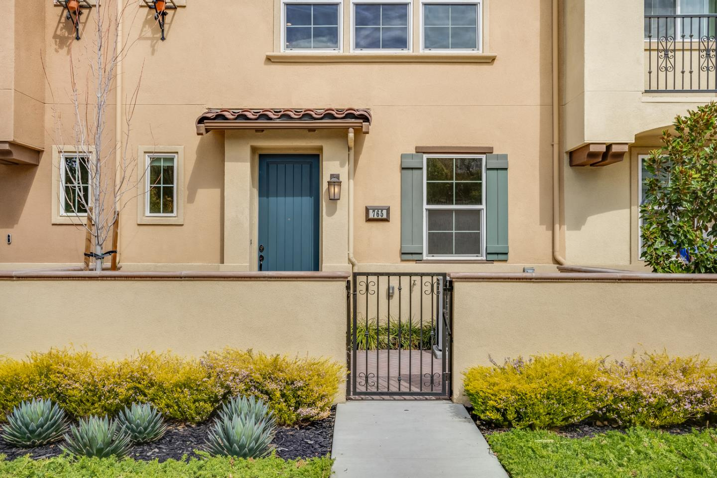Detail Gallery Image 1 of 1 For 765 E Evelyn Ave, Sunnyvale,  CA 94086 - 3 Beds | 2/1 Baths