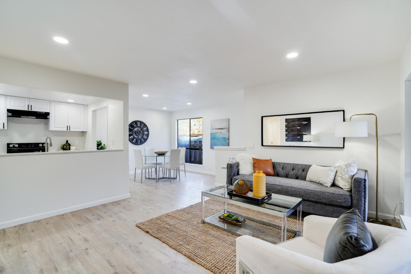 Detail Gallery Image 1 of 31 For 3819 7 Trees Blvd #307,  San Jose,  CA 95111 - 2 Beds | 2 Baths