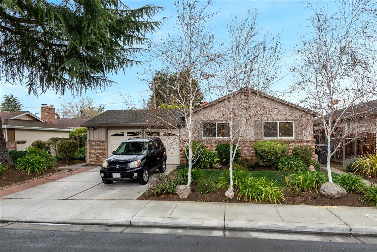 Detail Gallery Image 1 of 1 For 826 Cuesta Dr, Mountain View,  CA 94040 - – Beds | – Baths
