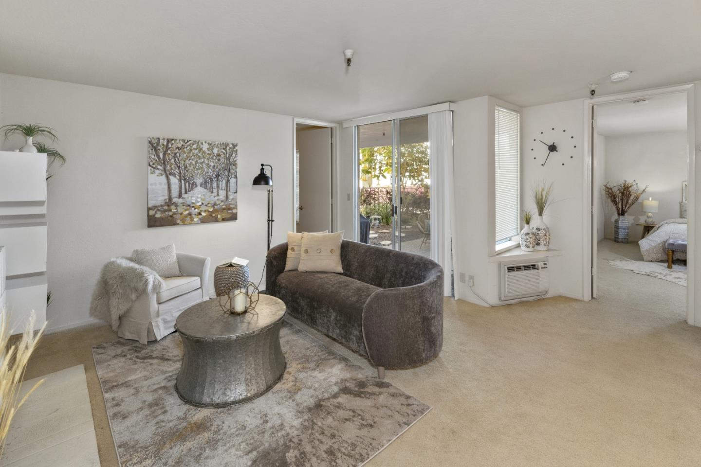 Detail Gallery Image 1 of 32 For 1943 Mount Vernon Ct #108,  Mountain View,  CA 94040 - 2 Beds   2 Baths