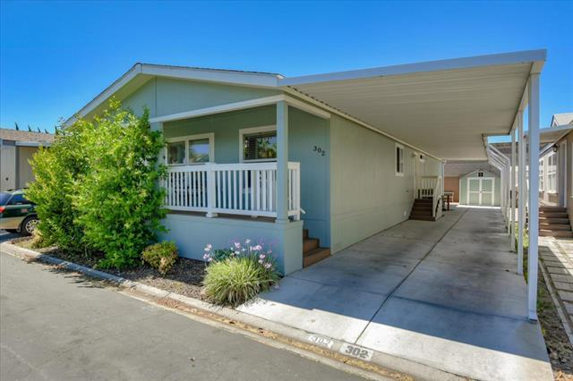 Detail Gallery Image 1 of 9 For 2151 Oakland Rd #302,  San Jose,  CA 95131 - 3 Beds | 2 Baths