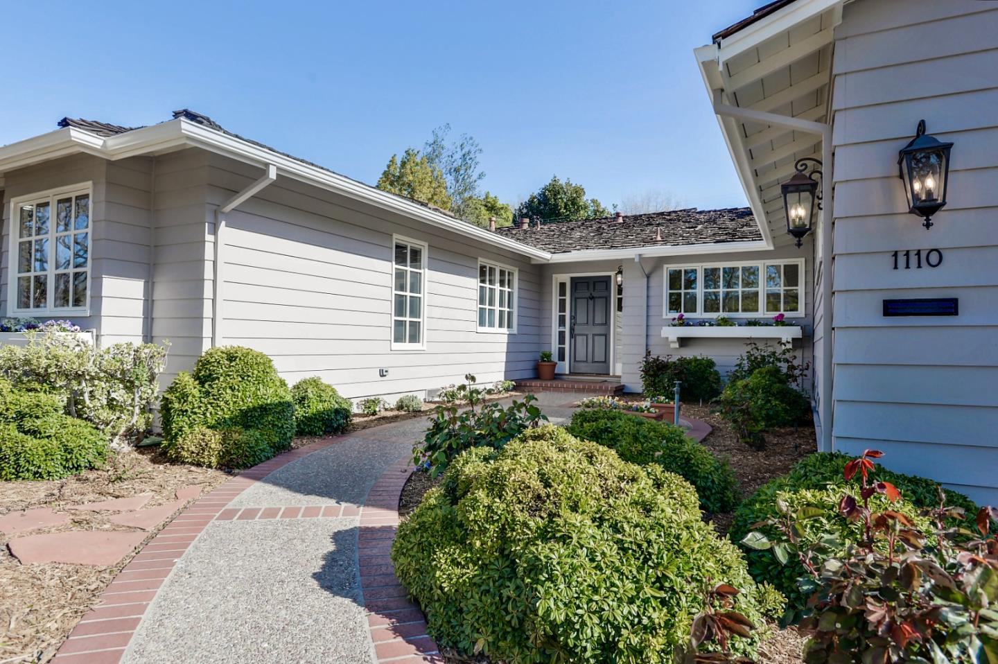 Detail Gallery Image 1 of 1 For 1110 Hillview Dr, Menlo Park,  CA 94025 - 4 Beds | 2/1 Baths