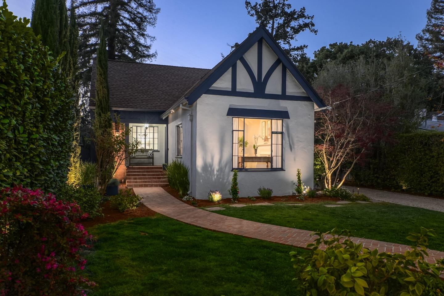 Detail Gallery Image 1 of 1 For 127 Rinconada Ave, Palo Alto,  CA 94301 - 3 Beds   2/1 Baths