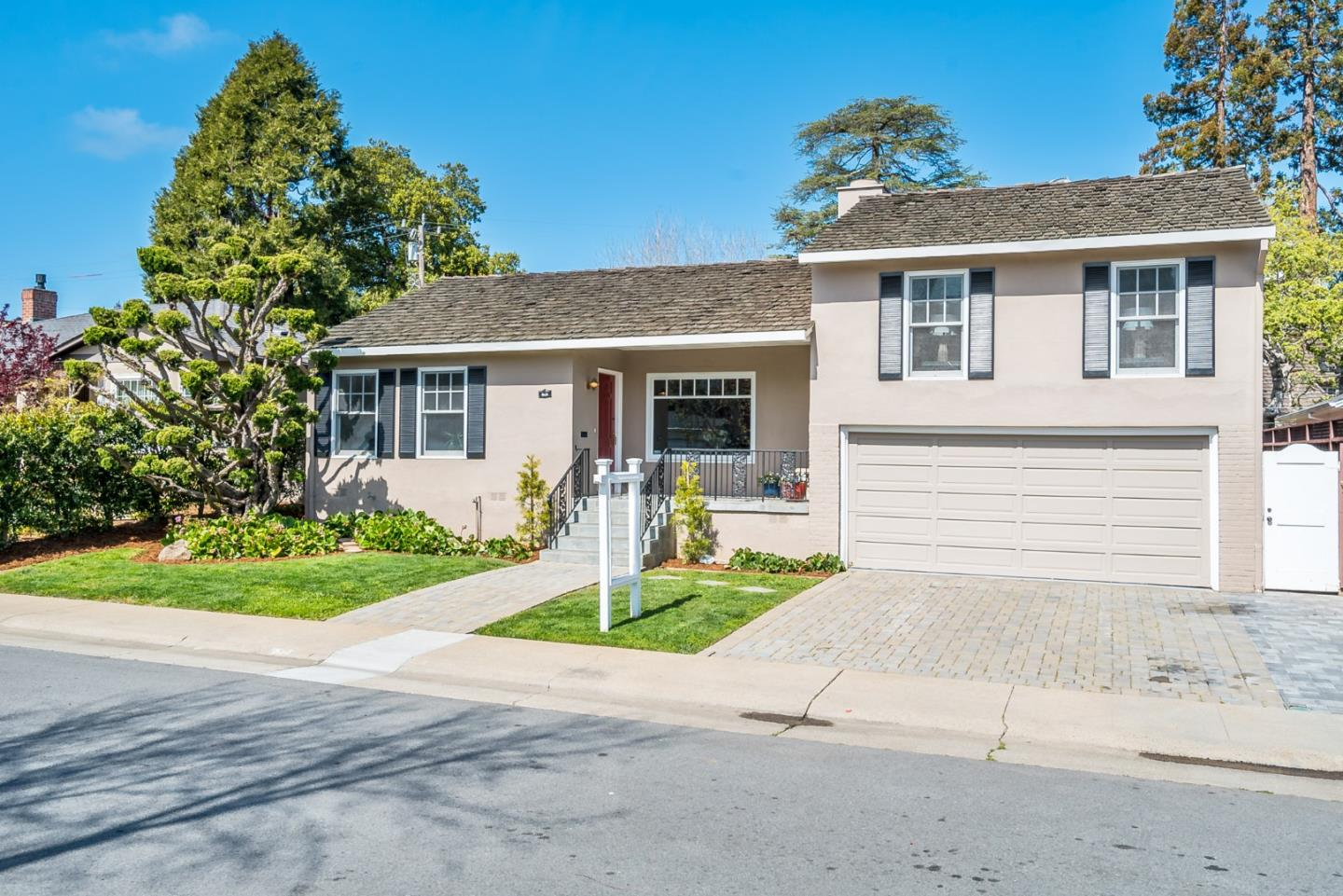 Detail Gallery Image 1 of 1 For 620 Capistrano Way, San Mateo,  CA 94402 - 3 Beds | 2 Baths