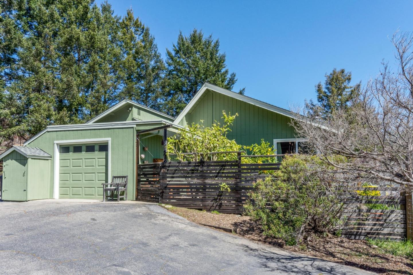 Detail Gallery Image 1 of 30 For 220 Mountain Springs Dr, Santa Cruz,  CA 95060 - 4 Beds | 2 Baths