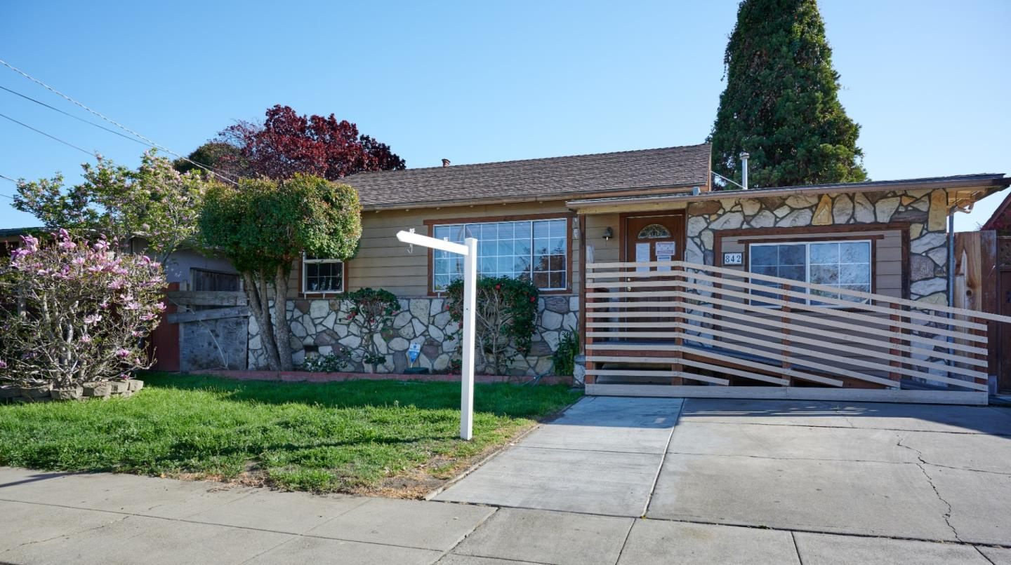 Detail Gallery Image 1 of 1 For 842 Acacia Ave, Sunnyvale,  CA 94086 - 2 Beds | 1 Baths