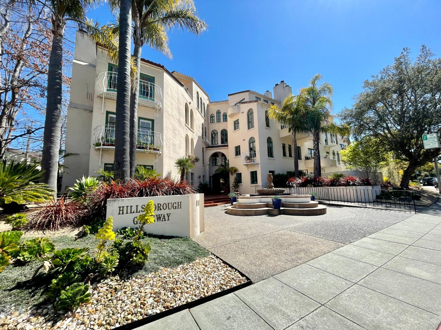 Detail Gallery Image 1 of 29 For 111 W 3rd Ave #108,  San Mateo,  CA 94402 - 2 Beds | 2 Baths