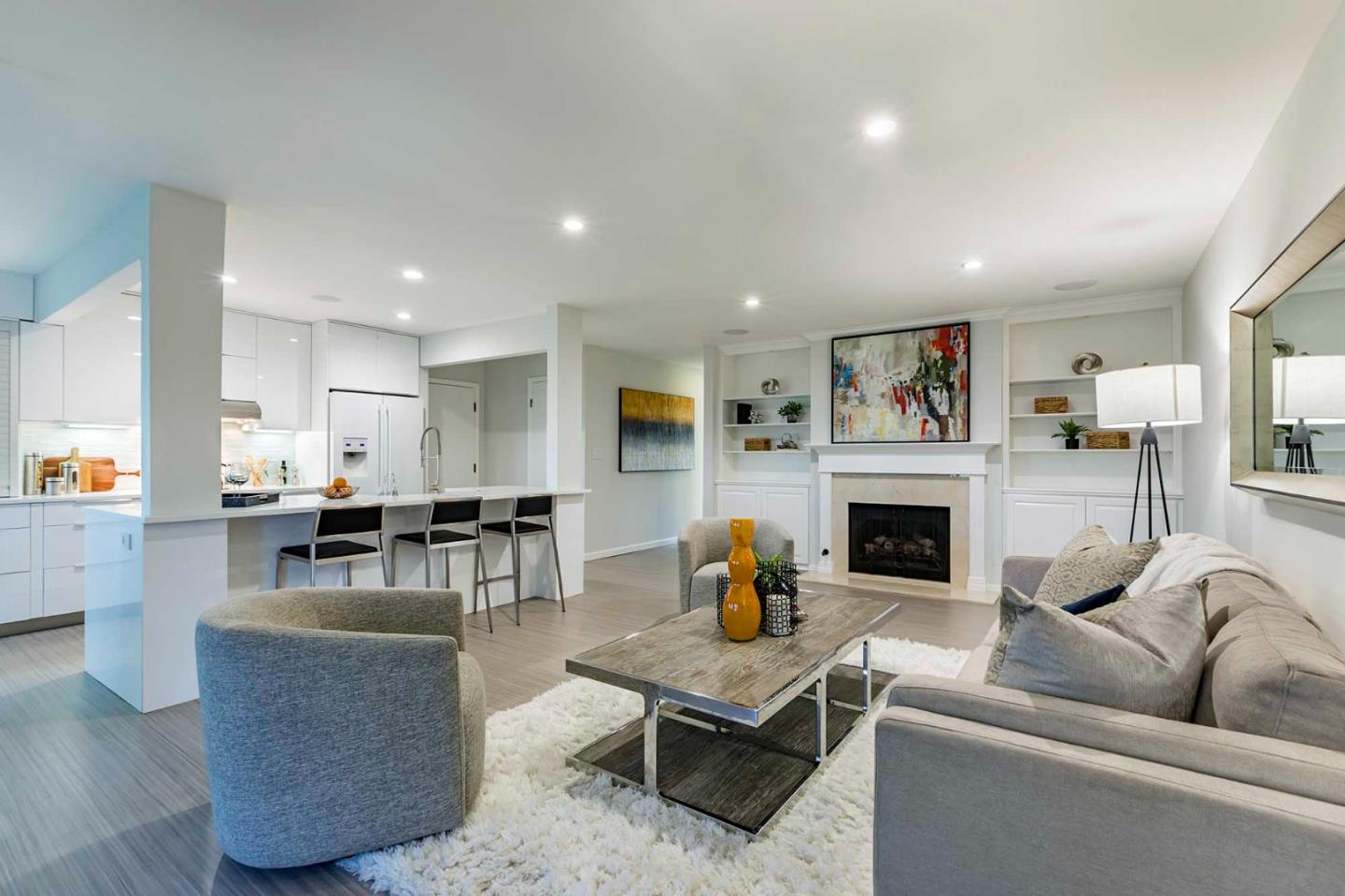 Detail Gallery Image 1 of 22 For 461 Burgess Dr #8,  Menlo Park,  CA 94025 - 2 Beds | 2 Baths