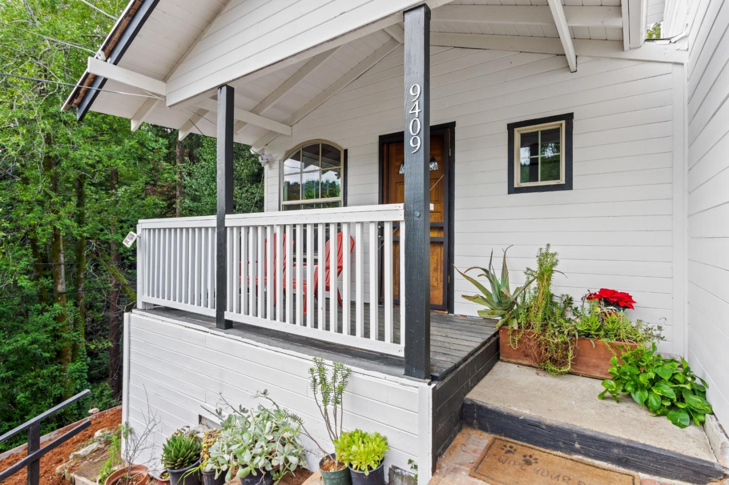 Detail Gallery Image 1 of 1 For 9409 Zayante Dr, Felton,  CA 95018 - 2 Beds   1 Baths