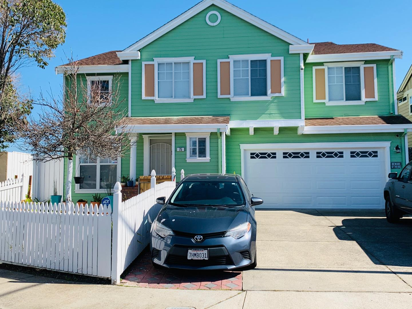 Detail Gallery Image 1 of 10 For 75 Quist Ave, Hayward,  CA 94544 - 4 Beds | 2/1 Baths