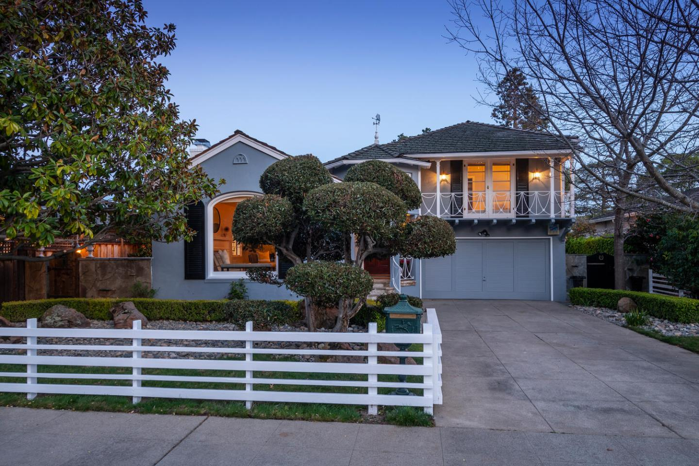 Detail Gallery Image 1 of 44 For 37 Mission Dr, San Mateo,  CA 94402 - 3 Beds | 2 Baths