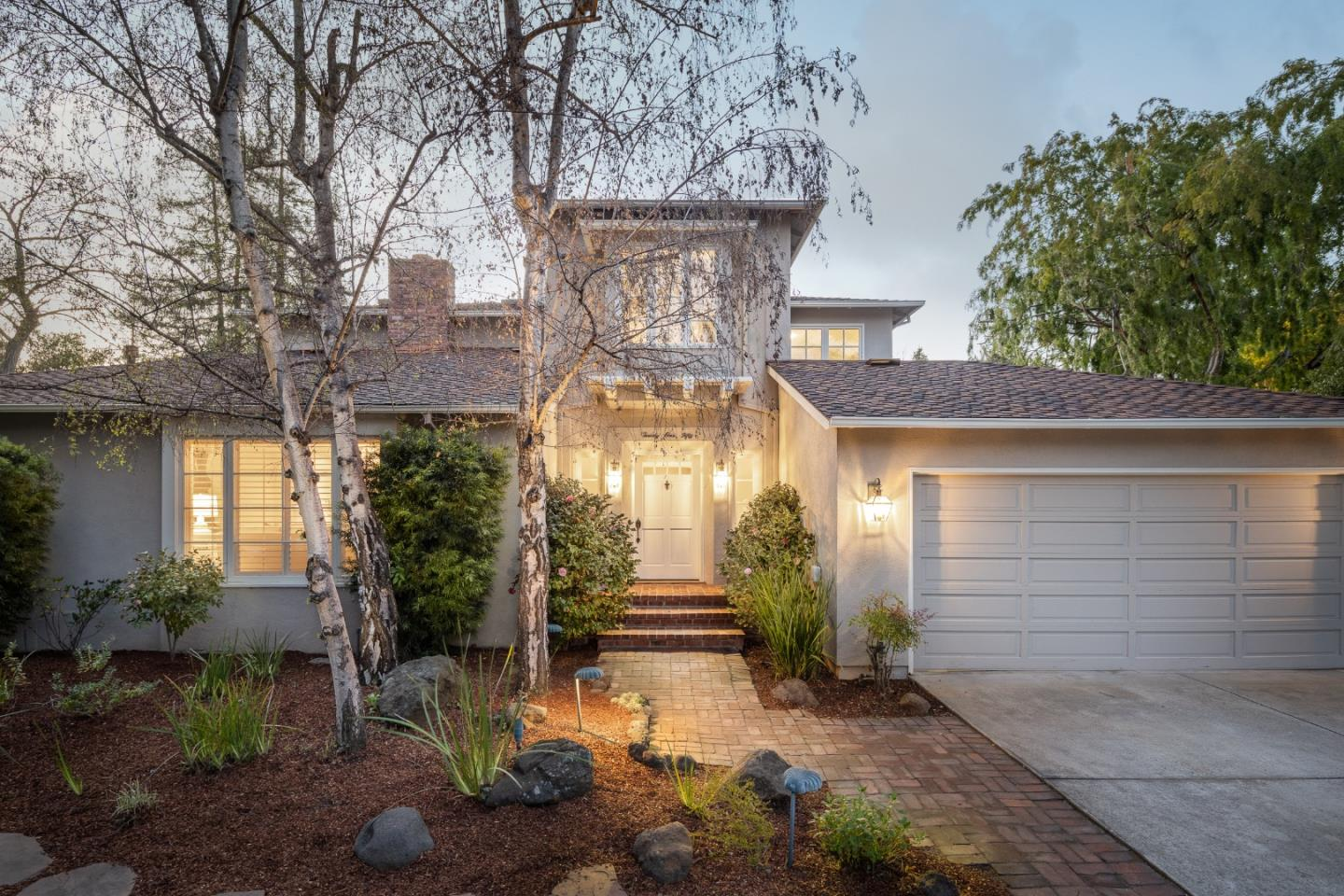 Detail Gallery Image 1 of 1 For 2150 Sharon Rd, Menlo Park,  CA 94025 - 4 Beds | 2/3 Baths