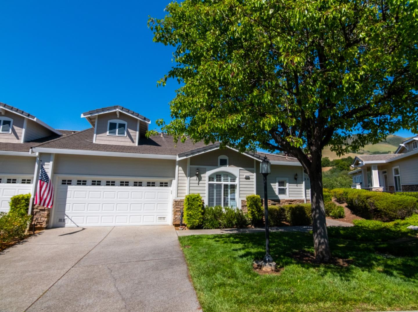 Detail Gallery Image 1 of 1 For 9008 Village View Dr, San Jose,  CA 95135 - 2 Beds | 2/1 Baths