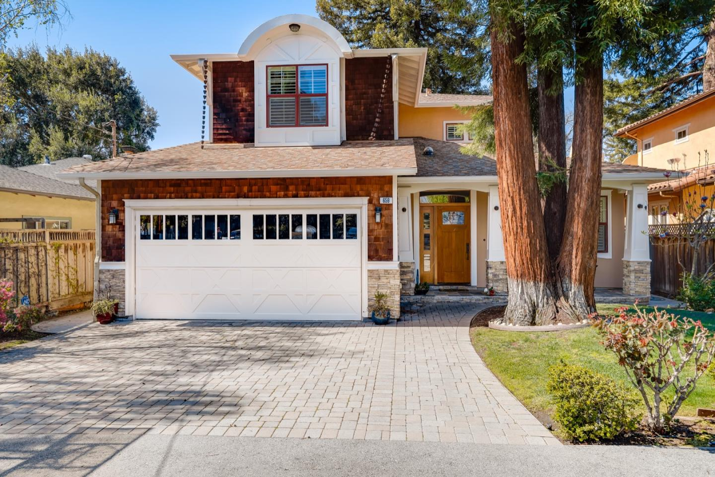 Detail Gallery Image 1 of 12 For 659 Palmer Ln, Menlo Park,  CA 94025 - 4 Beds | 3/1 Baths