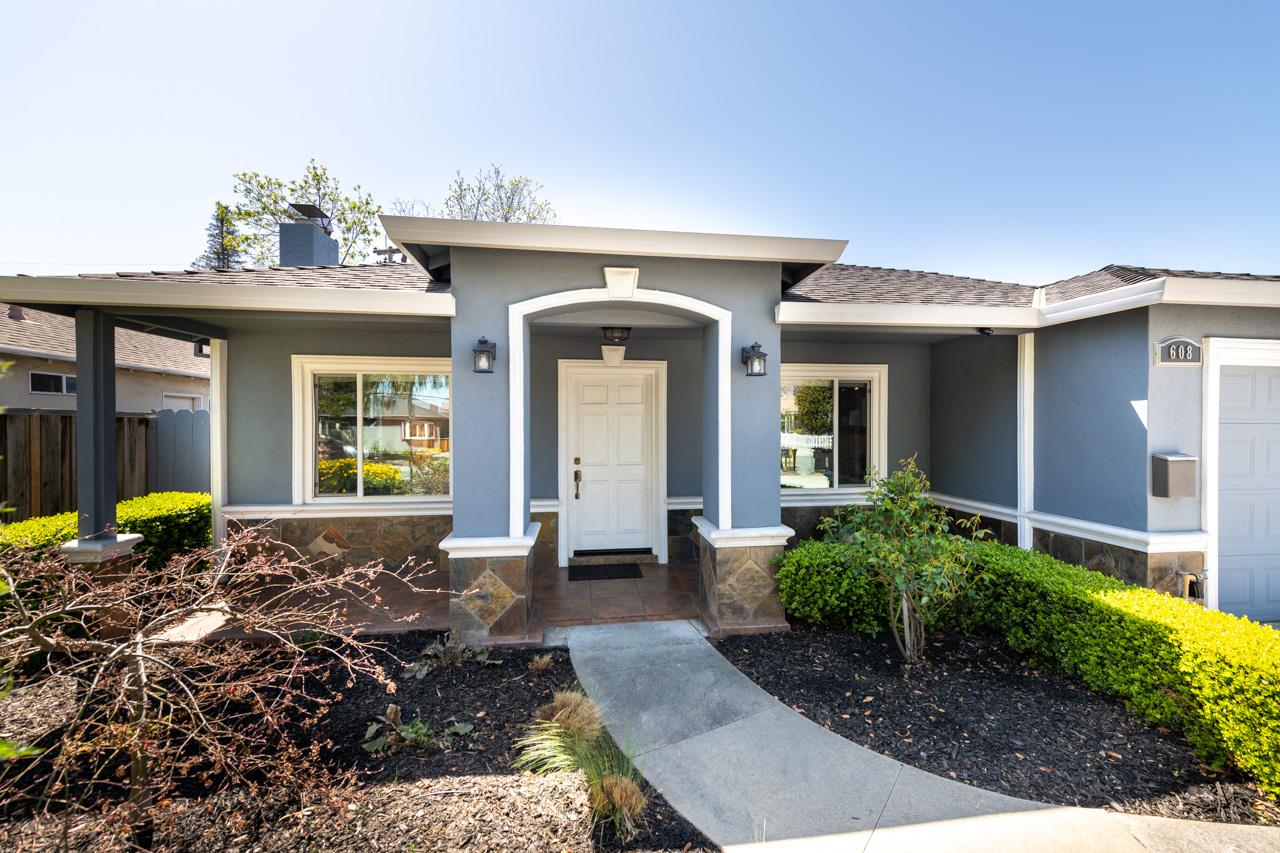 Detail Gallery Image 1 of 1 For 608 E Mc Kinley Ave, Sunnyvale,  CA 94086 - 3 Beds | 2 Baths