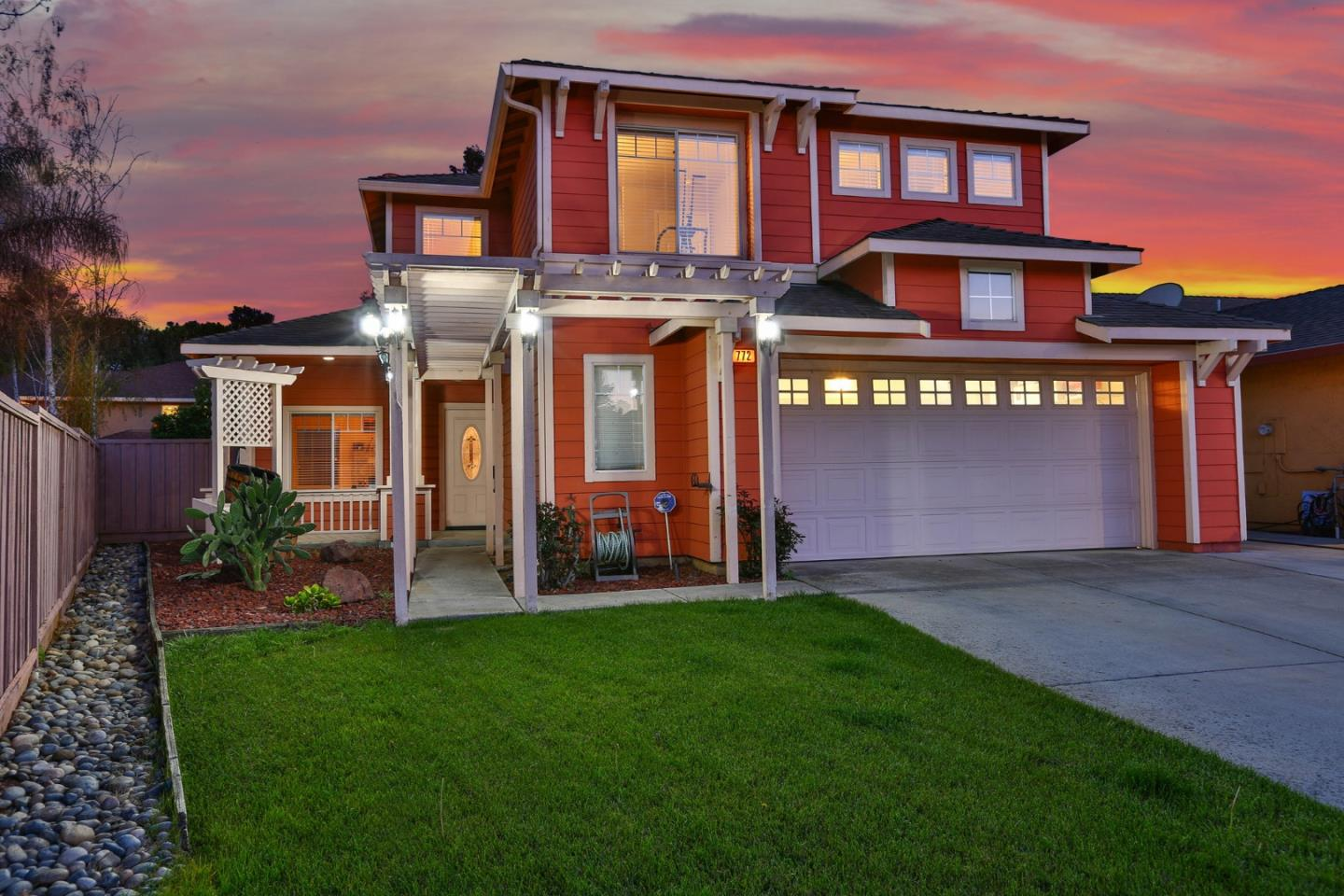 Detail Gallery Image 1 of 1 For 772 Vinca Ct, Gilroy,  CA 95020 - 3 Beds | 2/1 Baths