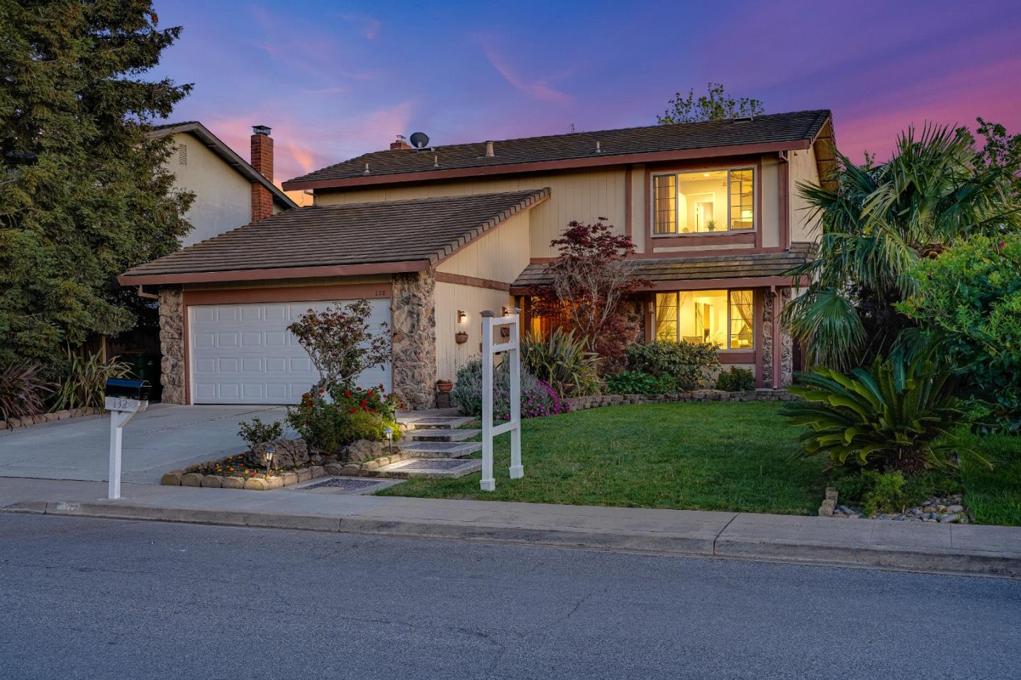 Detail Gallery Image 1 of 34 For 132 Fontainbleu Ct, Milpitas,  CA 95035 - 4 Beds | 2/1 Baths