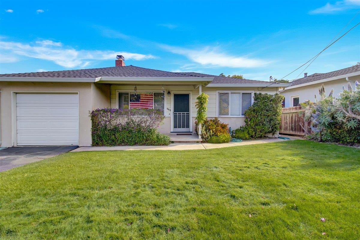 Detail Gallery Image 1 of 1 For 998 Lucky Ave, Menlo Park,  CA 94025 - 2 Beds   1 Baths