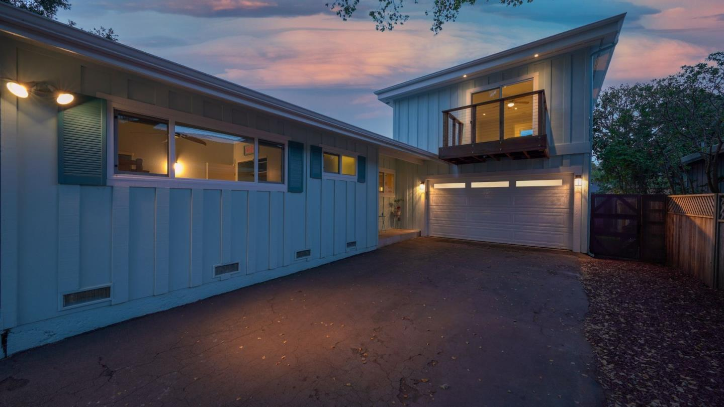 Detail Gallery Image 1 of 44 For 313 Martin Dr, Aptos,  CA 95003 - 3 Beds | 2/1 Baths