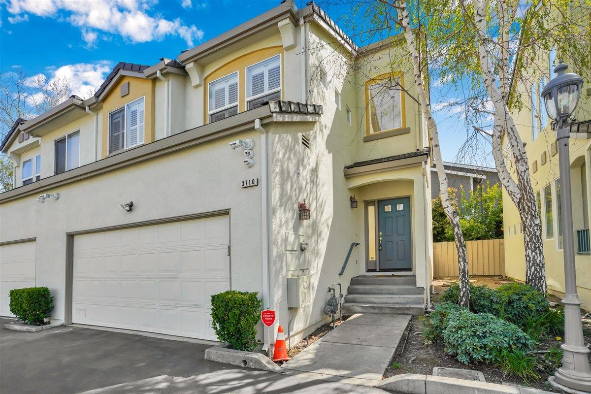 Detail Gallery Image 1 of 1 For 3710 Moorpark Ave, San Jose,  CA 95117 - 3 Beds | 2/1 Baths