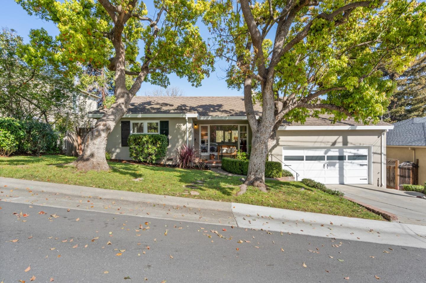 Detail Gallery Image 1 of 44 For 166 W 40th Ave, San Mateo,  CA 94403 - 3 Beds | 1/1 Baths