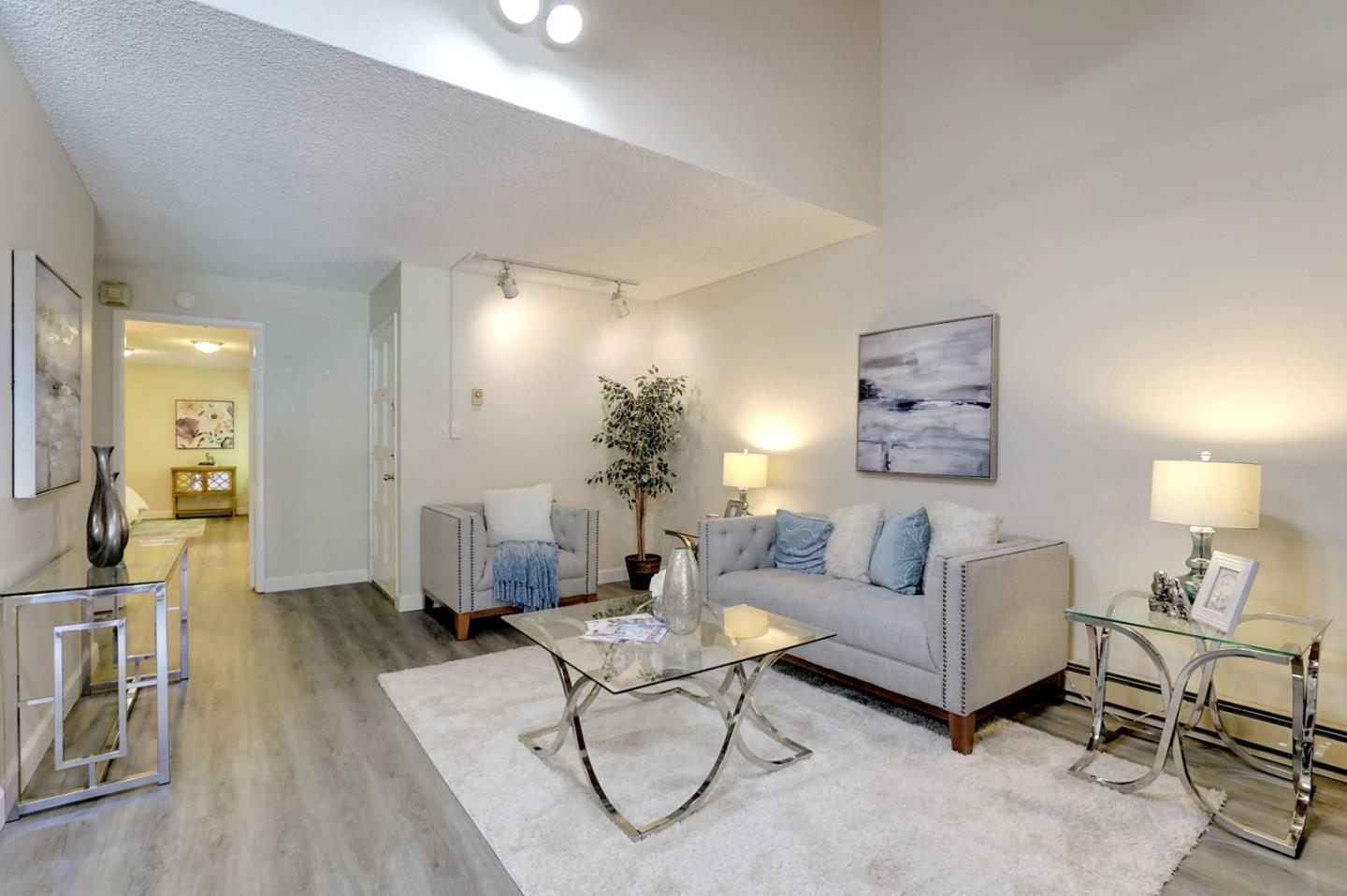 Detail Gallery Image 1 of 23 For 505 Cypress Point Dr #195,  Mountain View,  CA 94043 - 1 Beds | 1 Baths