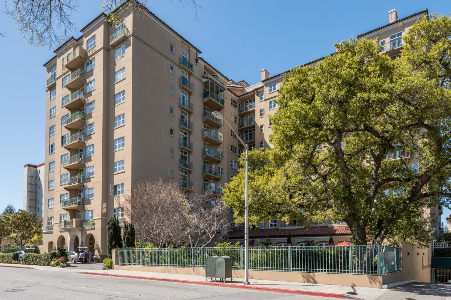 Detail Gallery Image 1 of 18 For 1 Baldwin Ave #223,  San Mateo,  CA 94401 - 2 Beds   2 Baths